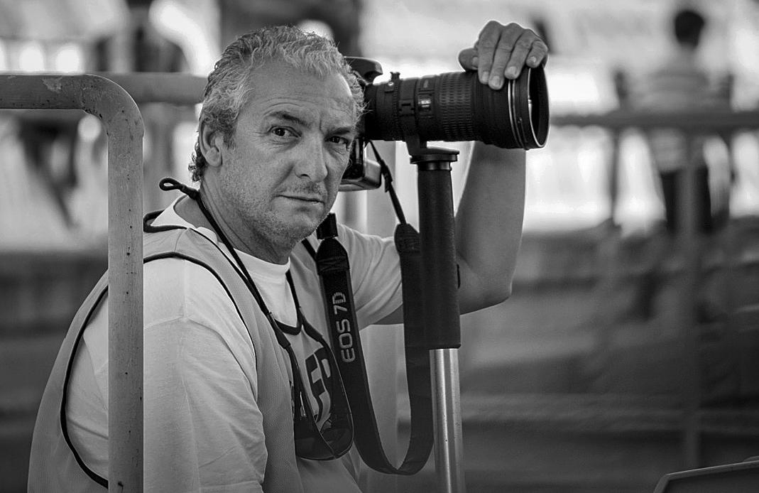 Julian Perez, fotoperiodista